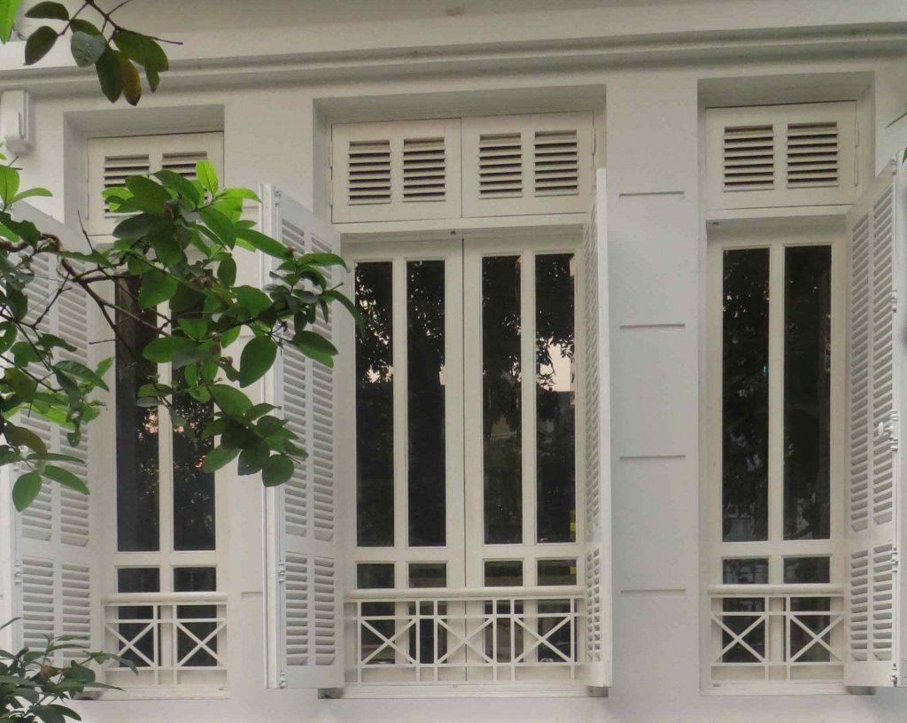 Mẫu cửa sổ nhựa lõi thép 3a window cho chớp lật cho nhà đẹp