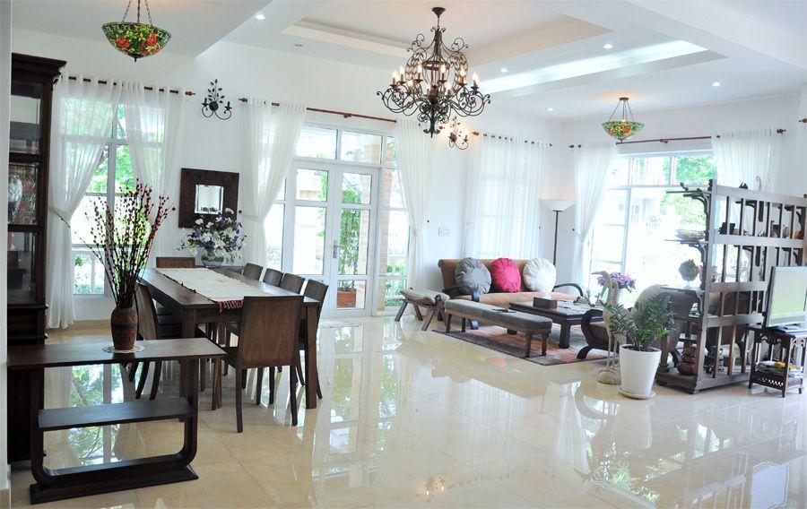 Thiết kế cửa nhựa lõi thép đẹp cho phòng khách và phòng ăn nhà gạch mộc 2
