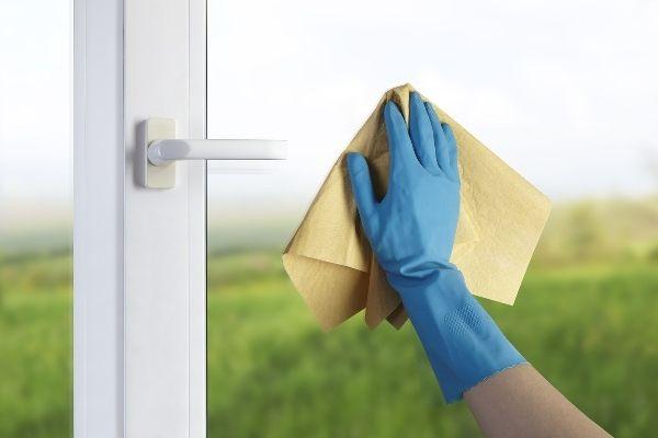 Bảo dưỡng ,lau chùi cửa nhựa lõi thép đơn giản và sạch
