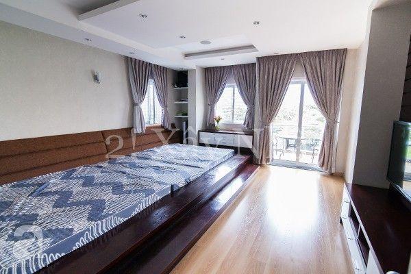 Phòng ngủ ẹp lung linh và gần gũi thiên nhiên với cửa nhựa lõi thép 3a window