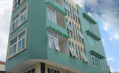 Cửa sổ nhựa lõi thép 3A Window mở hất đẹp và tiện lợi cho nhà cao tầng
