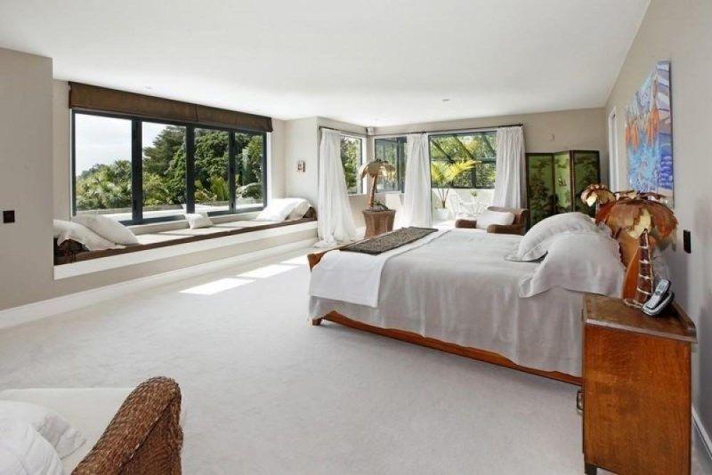 Phòng ngủ sử dụng nhiều cửa sổ