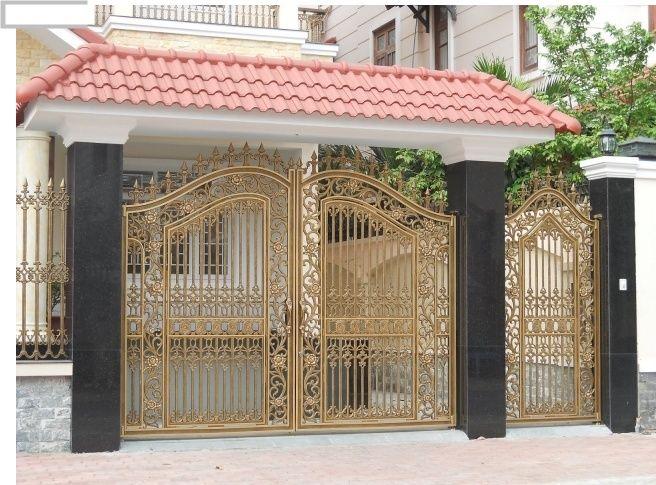 Trung tâm cửa chính thẳng cổng
