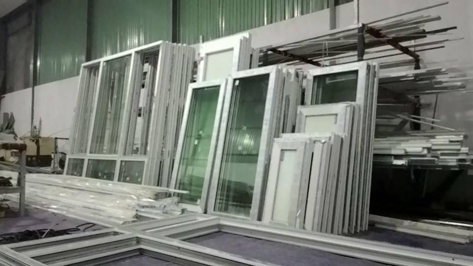 cách khắc phục cửa nhựa lõi thép bị xệ cánh