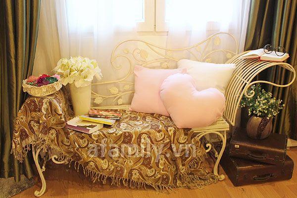 Không gian lý tưởng để đọc sách, thư giãn cùng những món đồ lãng mạn, đáng yêu cho cô nàng mộng mơ.