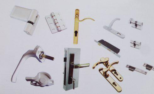 lựa chọn phụ kiện bền đẹp cho cửa nhựa lõi thép